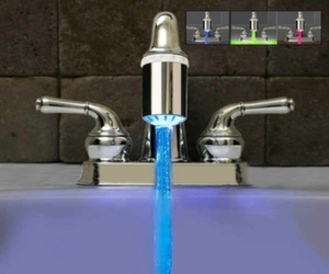 LED color changing faucet