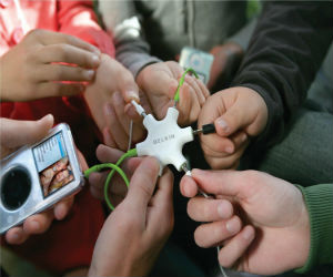 Group using belkin headphone splitter