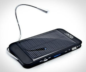 Solar-Powered-Backup-Battery-Charger