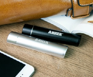 anker-compact-battery-charger